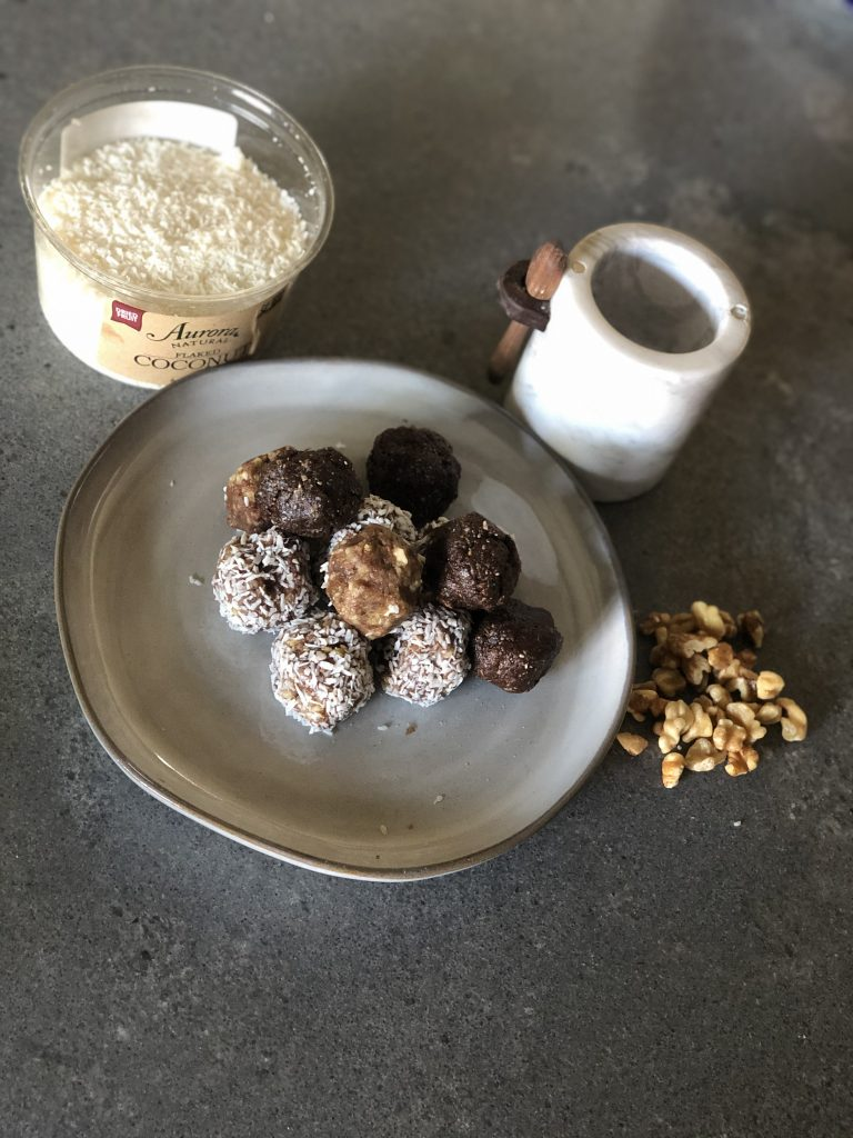 Walnut Cacao Balls